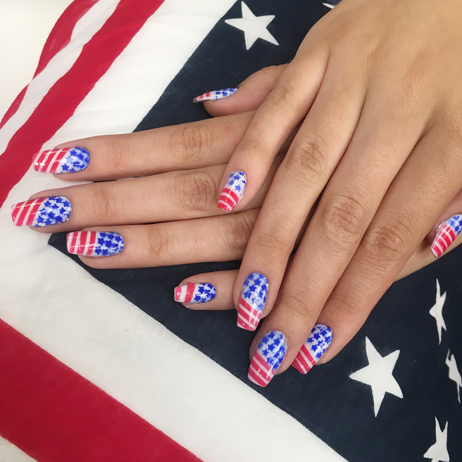 Festive Airbrushed Nails for 4th Of July | Dinair Airbrush Makeup Blog